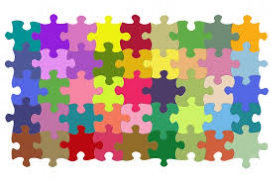 Puzzle with multicolor puzzle pieces